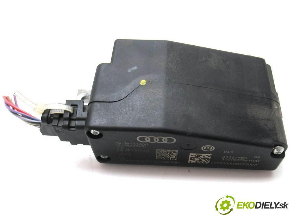 Audi A4 B8    SEDAN 4D 2.0TDI 120KM 08-15  blokáda volantu 8K0905852D (Ostatní)
