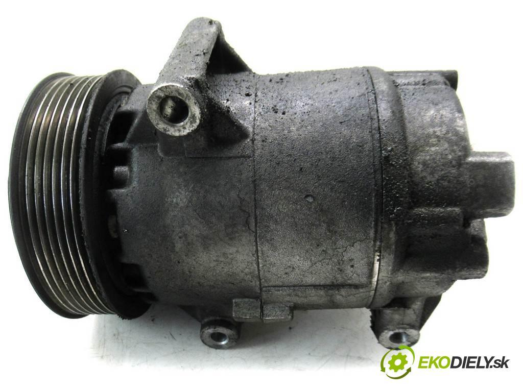 Renault Scenic II  2006  1.9DCI 125KM 03-06 1900 Kompresor klimatizácie 8200940233 (Kompresory klimatizácie)