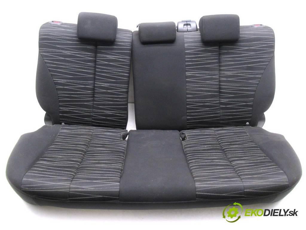 Mazda 2 II  2009 63kw DE HATCHBACK 5D 1.3B 86KM 07-10 1400 Sedadlo zad  (Sedačky, sedadlá)