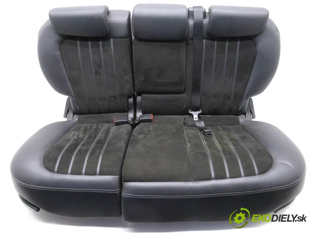 Lancia Delta III  2010 88 kW HATCHBACK 5D 1.6 MJET 120KM 08-14 1600 Sedadlo zad  (Sedačky, sedadlá)