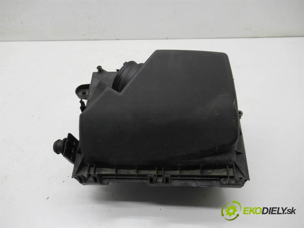 Opel Vectra C  2002 74 kW SEDAN 4D 2.0DTH 101KM 02-05 2000 obal filtra vzduchu 9177266 (Kryty filtrů)
