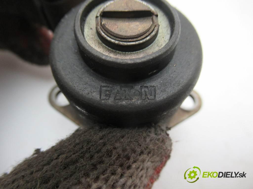 Renault Megane II  2003 60 kW HATCHBACK 5D 1.5DCI 82KM 02-08 1500 Regulátor tlaku paliva  (Ostatné)