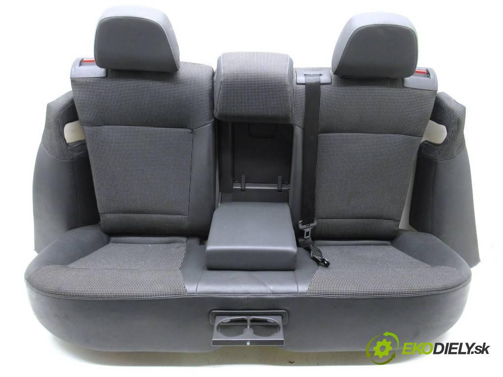 Opel Vectra C LIFT  2007 88 kW KOMBI 5D 1.9CDTI 120KM 02-08 1910 Sedadlo zad  (Sedačky, sedadlá)