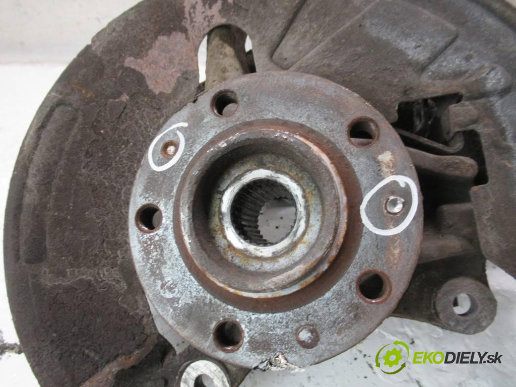 Citroen C5 III  2008 100 kW KOMBI 5D 2.0HDI 136KM 08-17 2000 náboj pravá  (Náboje)