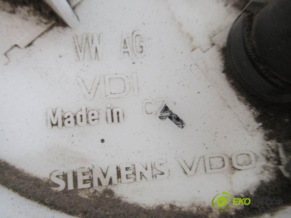 Volkswagen Golf V  2008 59 kW HATCHBACK 3D 1.4B 80KM 03-09 1400 Pumpa paliva vnútorná  (Palivové pumpy, čerpadlá, plaváky)