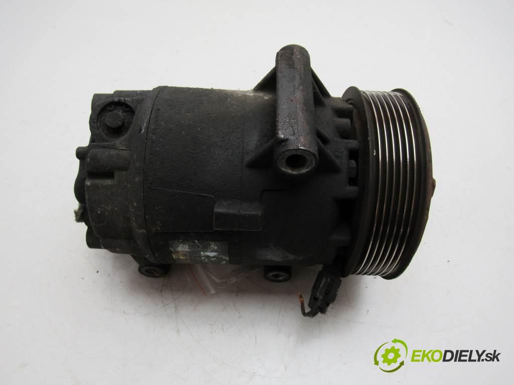 Renault Scenic II  2004  1.9DCI 120KM 03-06 1900 Kompresor klimatizácie 8200309193 (Kompresory klimatizácie)