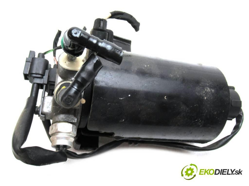 Kia Sportage III  2013 100 kW 2.0CRDI 136KM 10-15 2000 obal filtra paliva  (Kryty palivové)