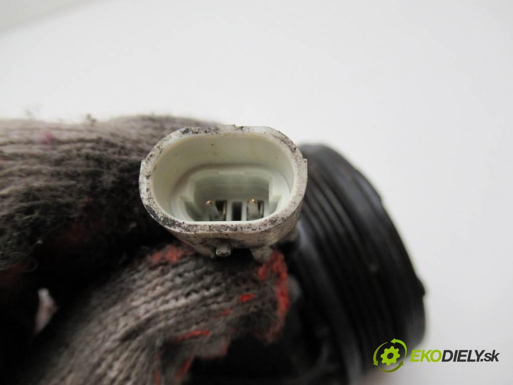 Opel Astra H  2009 66 kW HATCHBACK 5D 1.4B 90KM 04-14 1400 kompresor klimatizace 13322146 (Kompresory)