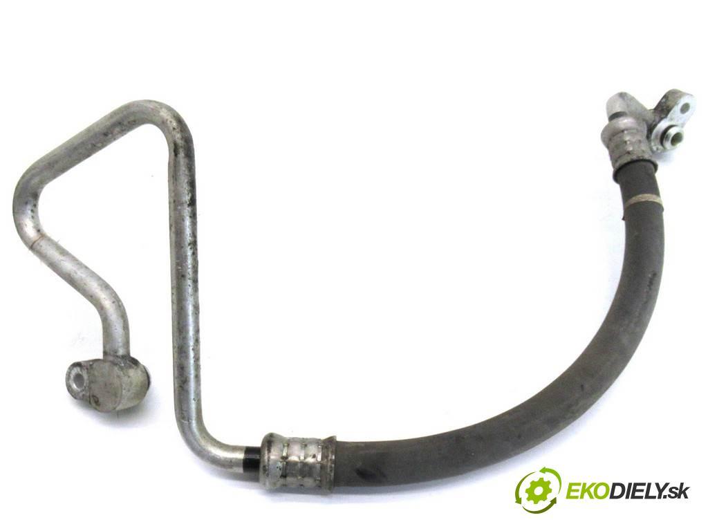 Honda Civic VIII    SEDAN 1.8B 140KM 06-11  rúrka klimatizace  (Rozvody klimatizace)