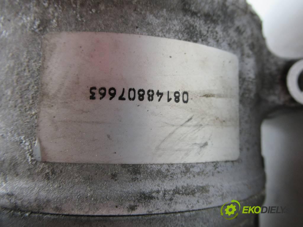 Volkswagen Jetta V  2006 77 kW SEDAN 1.9TDI 105KM 05-11 1900 kompresor klimatizace 1K0820803S (Kompresory)