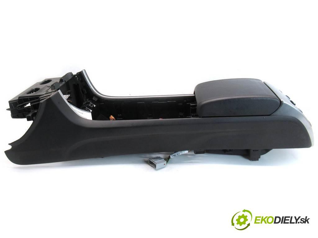 Jaguar XF X250  2015 340KM LIFT SEDAN 4D 3.0B 340KM 07-15 3000 Tunel stredový  (Stredový tunel / panel)