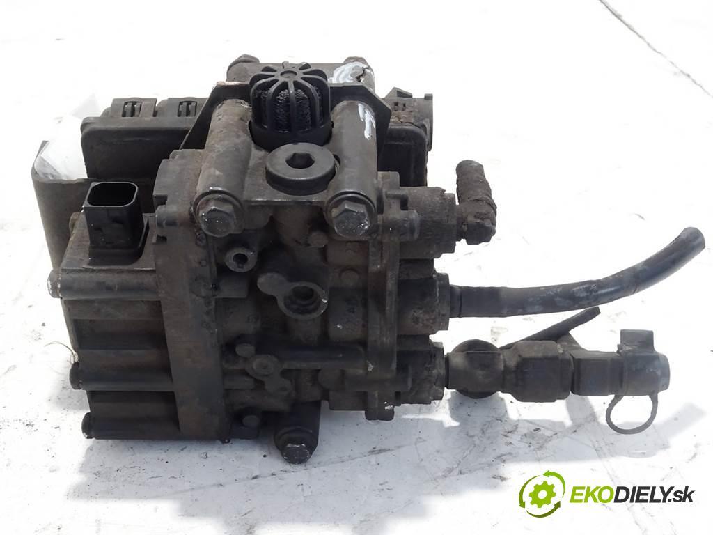 Mercedes-Benz ACTROS    1845LS MP4 EURO5 330 kW (450KM)  Ventil A0013271125 (Ventily)
