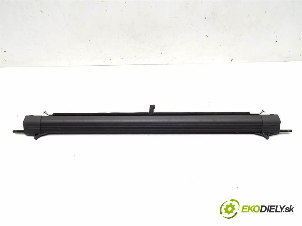 Ford Focus II    KOMBI 5D 1.6B 100KM 04-11  Roleta sieťka  (Ostatné)
