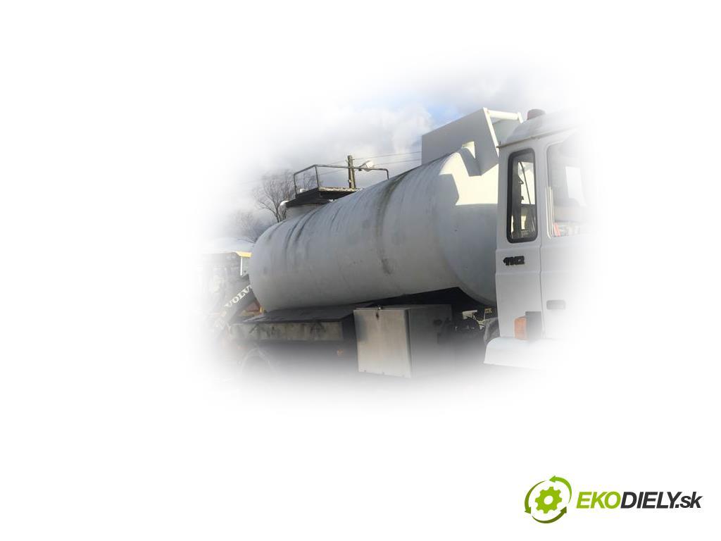 STAR CYSTERNA    5000L  cisterna nádrž na olej hnací  (Nádrže)