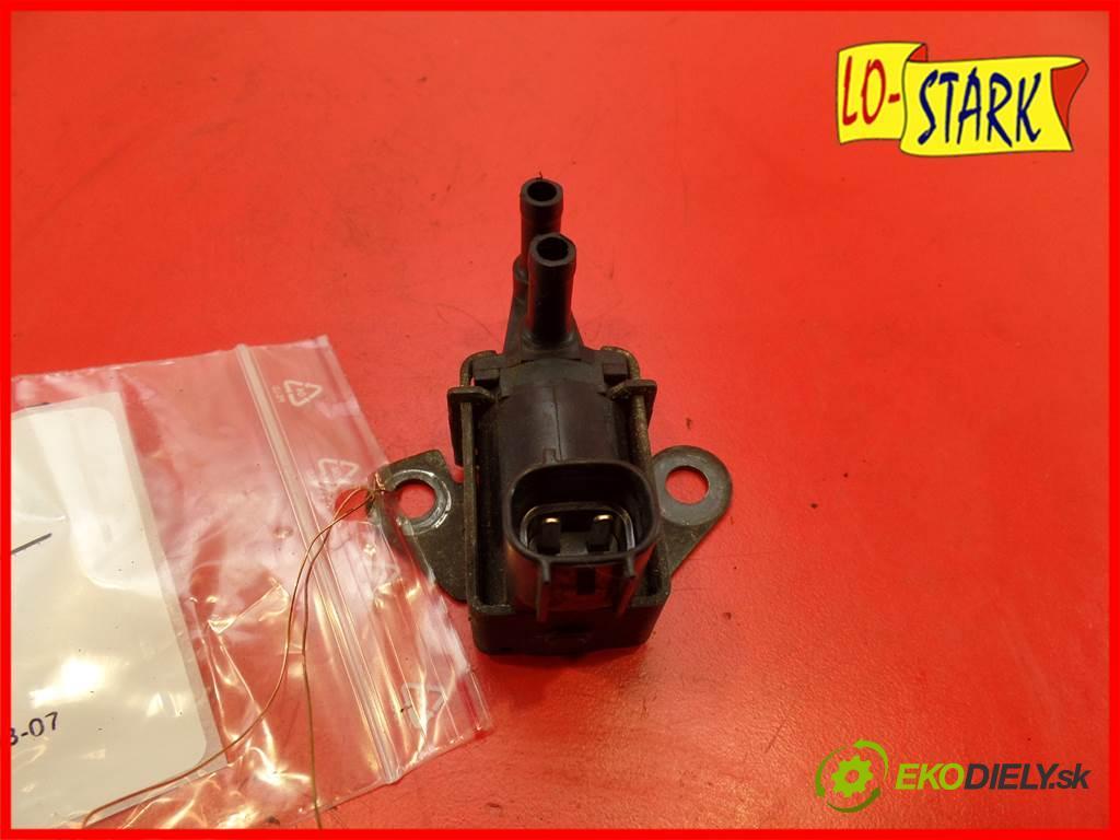 Daihatsu Cuore VI    HATCHBACK 3D 1.0B 58KM 03-07  Ventil tlaku 8947097209 (Ventily)