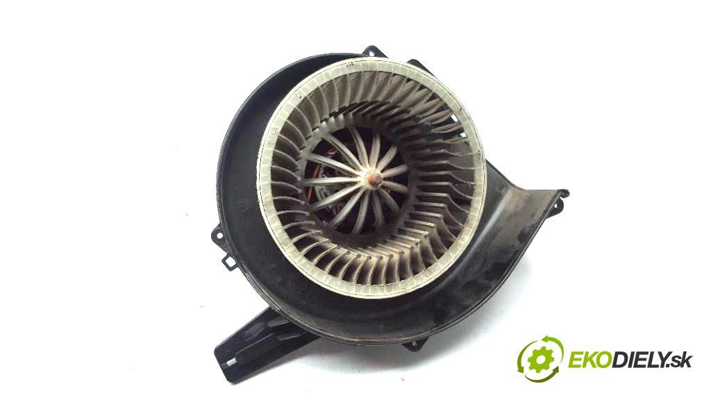 SKODA FABIA  2013 63kW            1390 ventilátor topení  (Ventilátory topení)